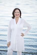 """Nancy Thayer at Titcomb's Bookshop May 31 from 3-4pm """"Girls of Summer"""""""